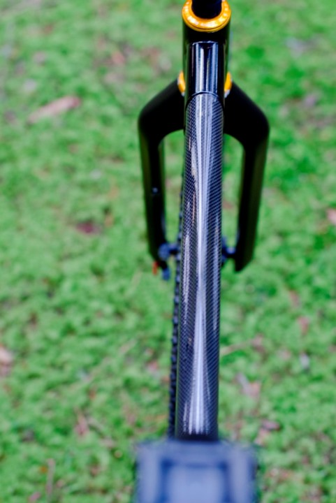 made in Italy Dedacciai carbon shaped toptube