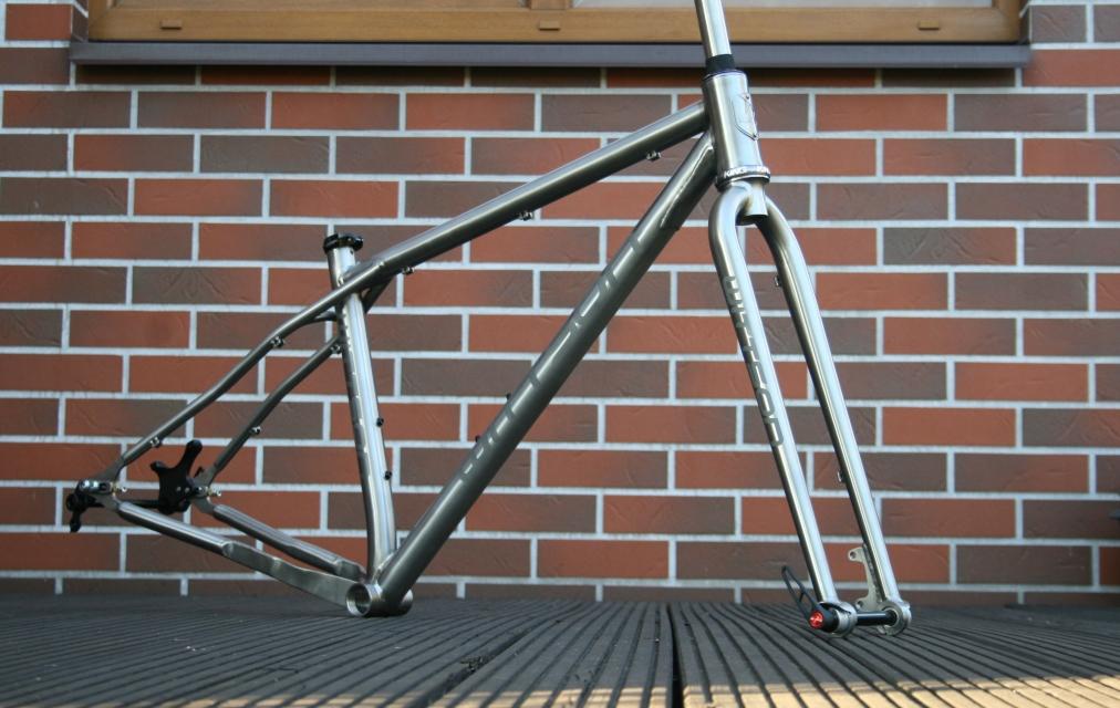 5e85fb5196a Titanium 29er plus frame with sliding dropouts   Wittson   Custom ...