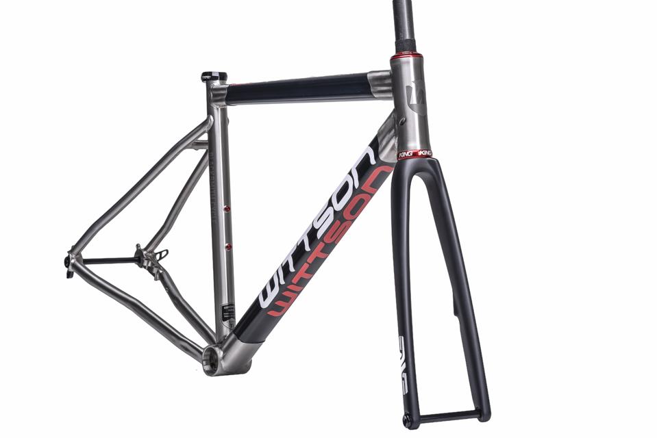 Titanium frame with carbon tubes | Wittson | Custom Titanium Cycles