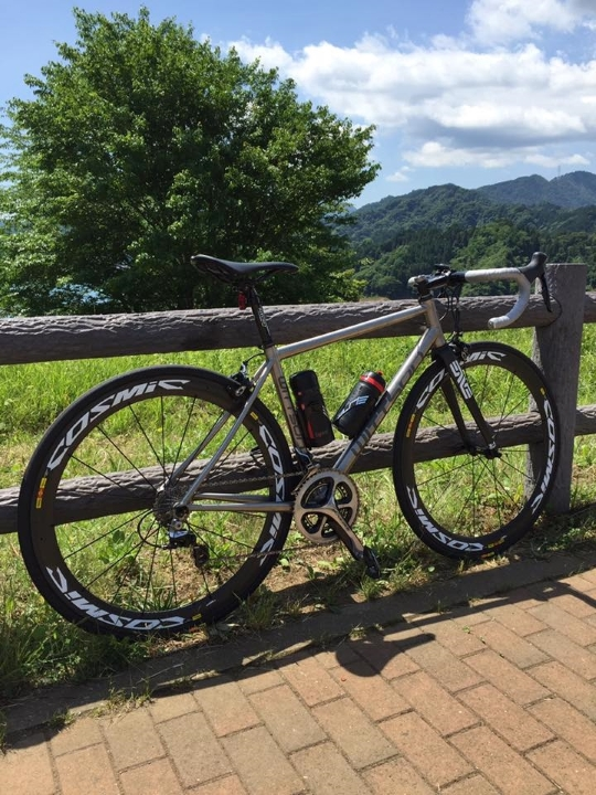 Titanium Road Bicycle with Dura-Ace groupset Mavic Cosmic carbon wheelset Enve fork Ritchey WCS components
