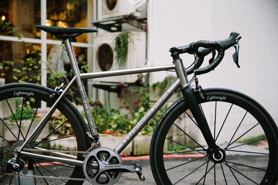 Custom titanium road bicycle with SHIMANO Dura-Ace 9000